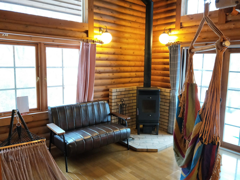 薪ストーブのある部屋はオシャレです!